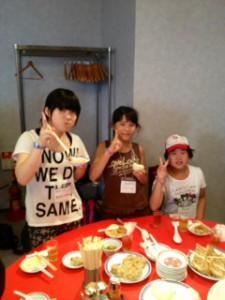 2013年「夢と希望と絆の架け橋」プロジェクト」中華街にて夕食13