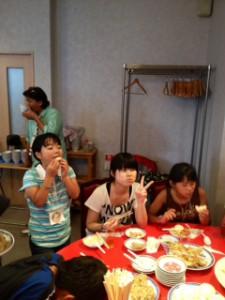 2013年「夢と希望と絆の架け橋」プロジェクト」中華街にて夕食17